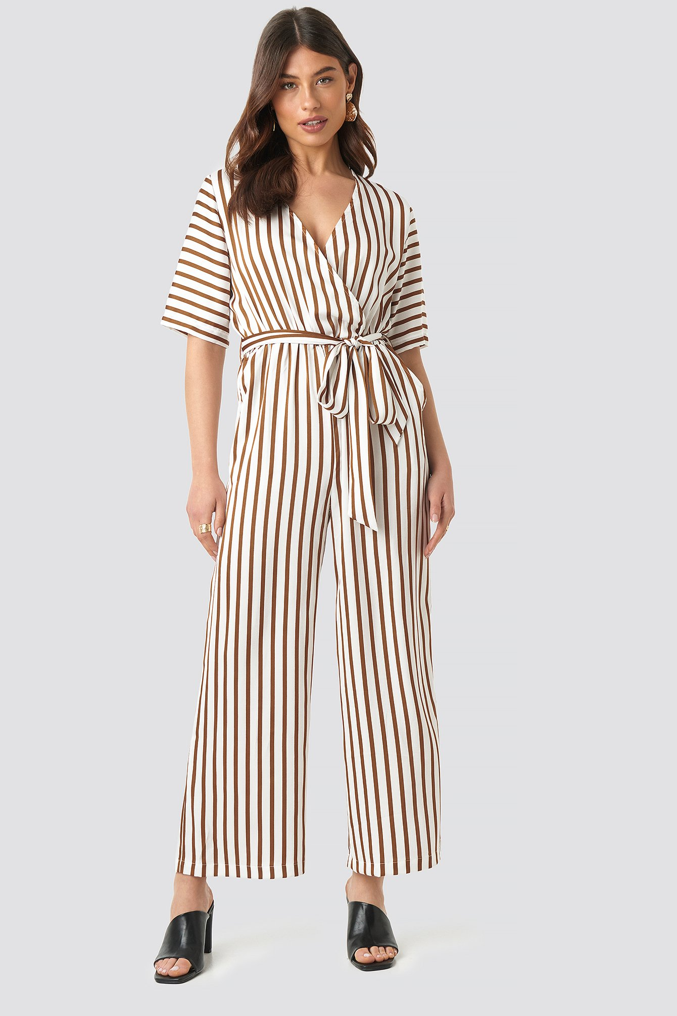 na-kd trend -  Striped Jumpsuit - White