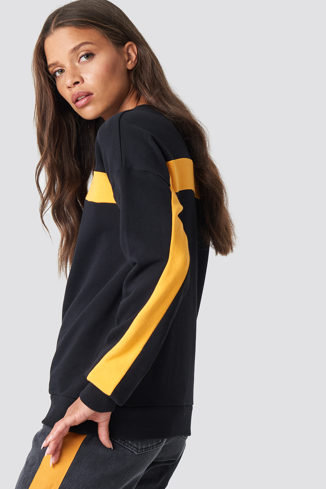 Blocked Sleeve Sweatshirt NA-KD.COM