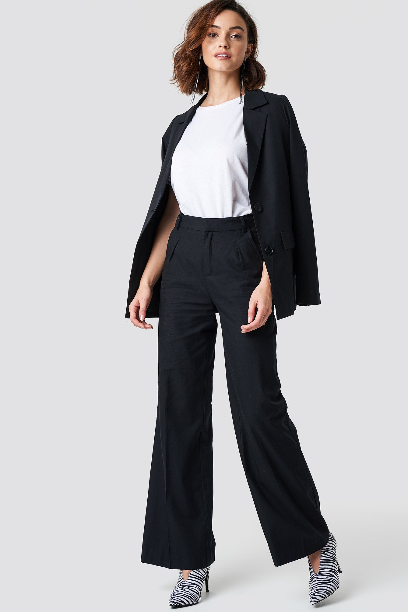 na-kd trend -  Flared Leg Creased Suit Pants - Black