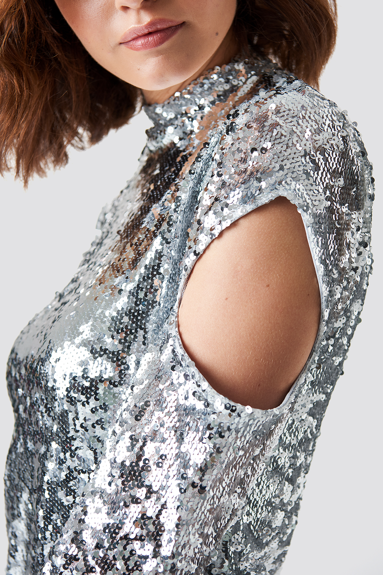 High Neck Cut Out Sleeve Sequin Dress NA-KD.COM