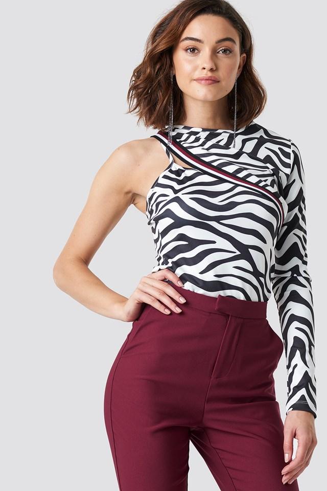 One Sleeve Zebra Top NA-KD