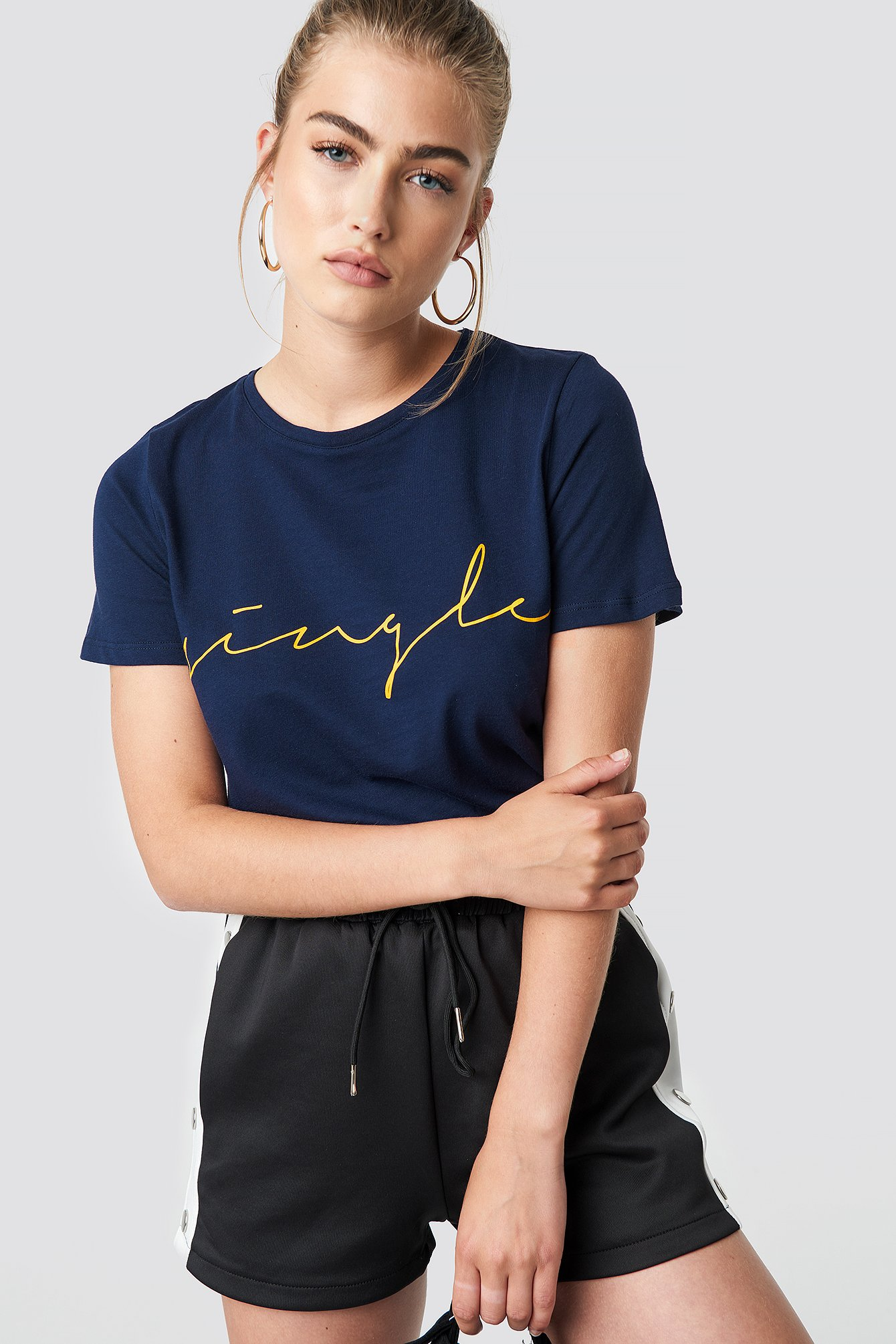 na-kd trend -  Single Basic Tee - Blue
