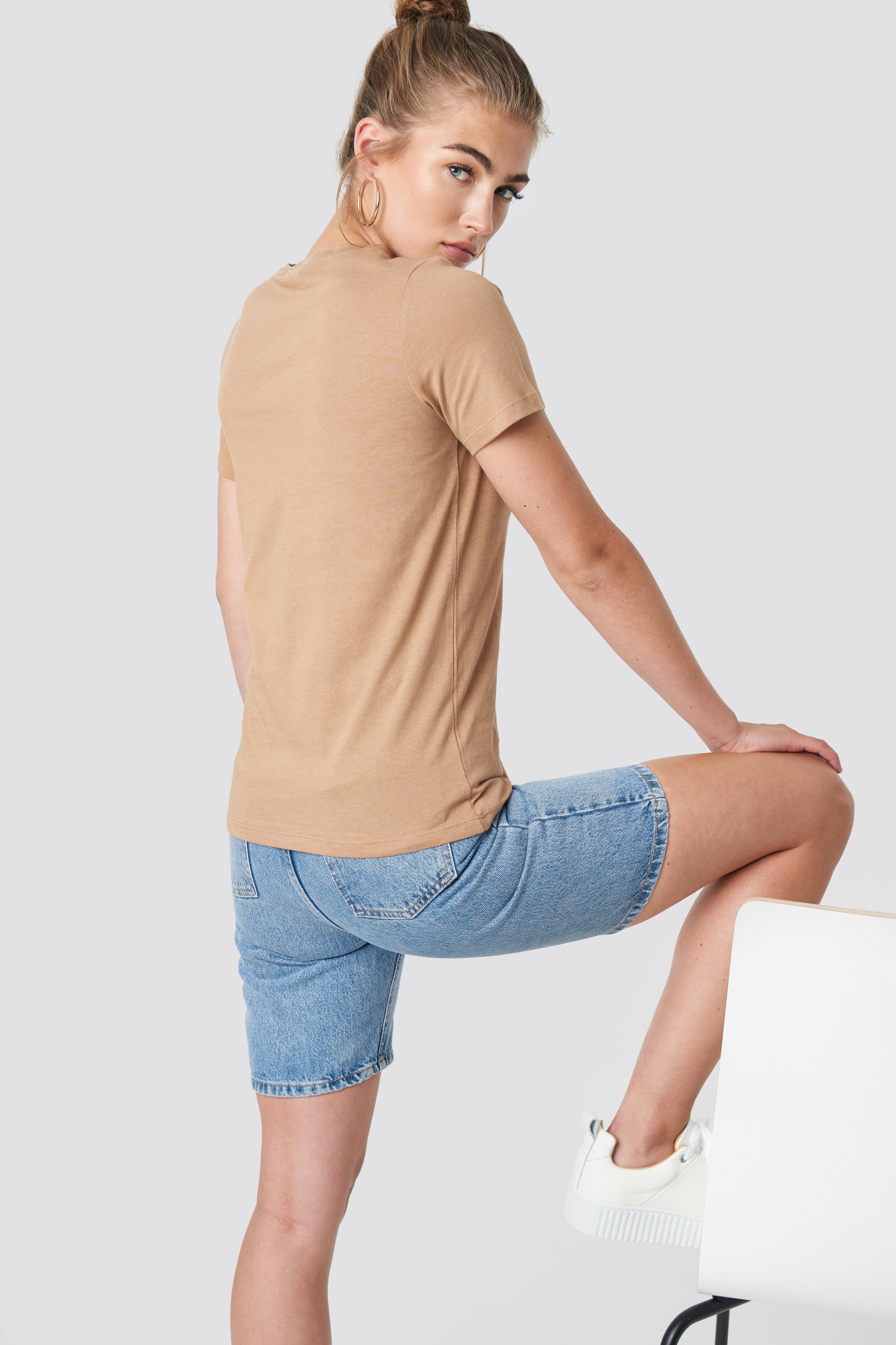 T-shirt basic Sinner NA-KD.COM
