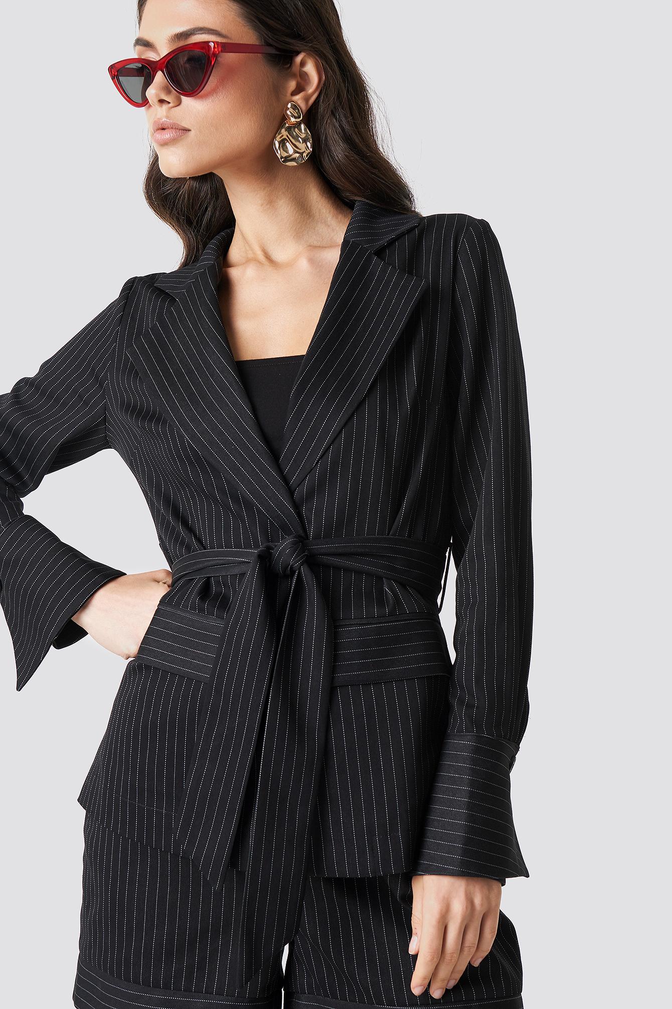 na-kd classic -  Tie Waist Striped Blazer - Black