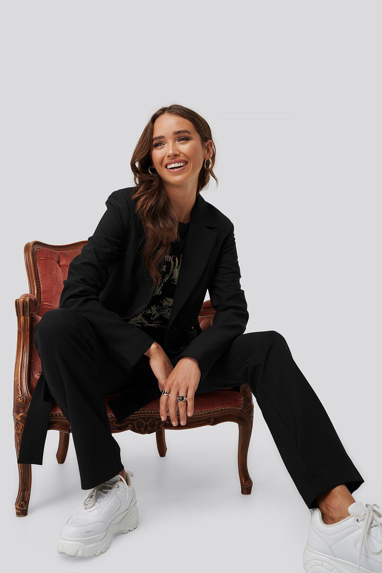 Erica Kvam x NA-KD Front Tie Oversized Blazer - Black