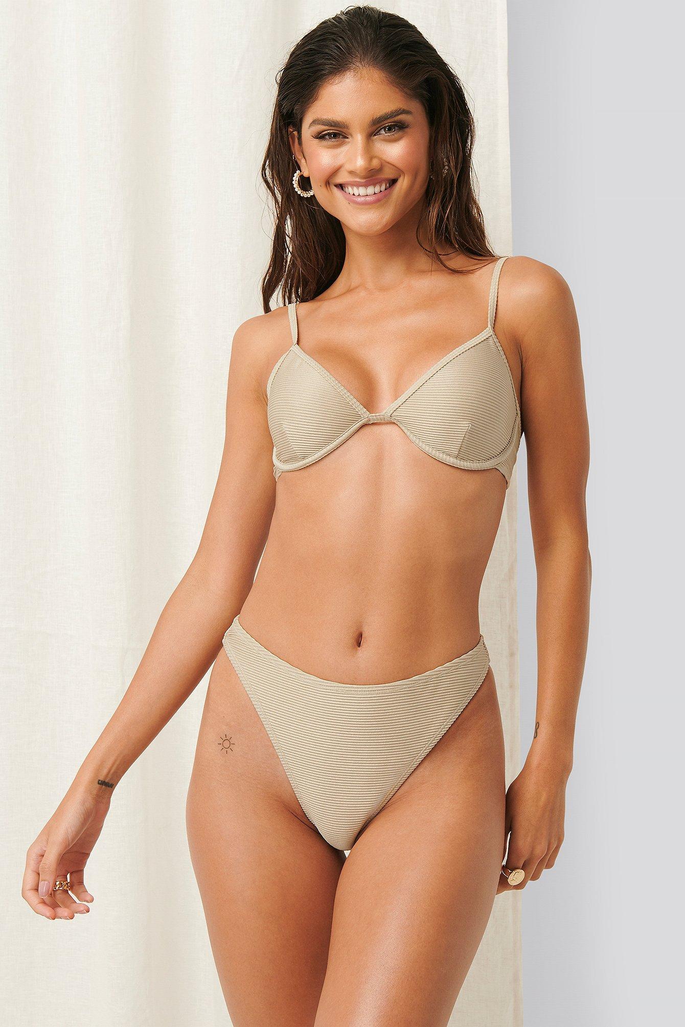 Erica Kvam x NA-KD Bikiniunderdel - Beige