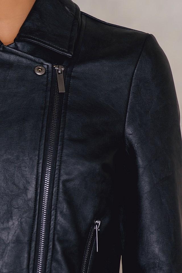 The Fringe PU Leather Jacket NA-KD.COM