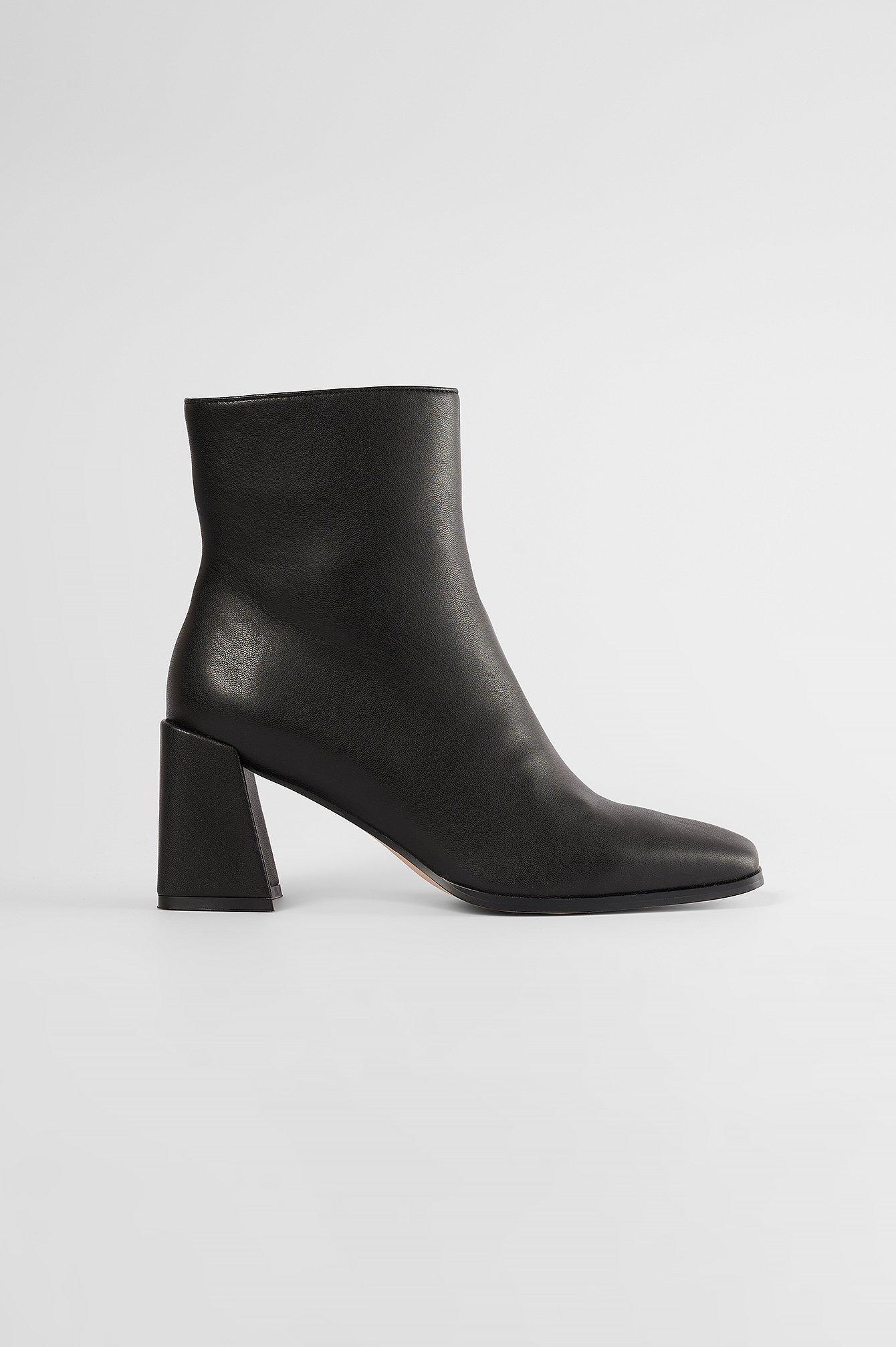 The Fashion Fraction x NA-KD Støvler Med Firkantet Tå - Black