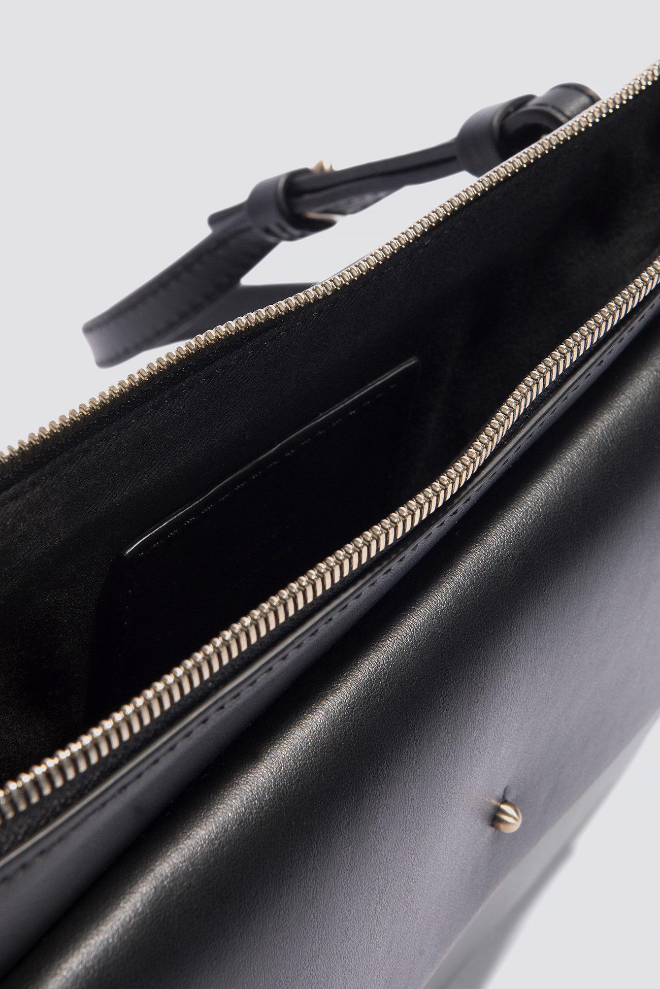 Ellie Leather Shoulder Bag NA-KD.COM
