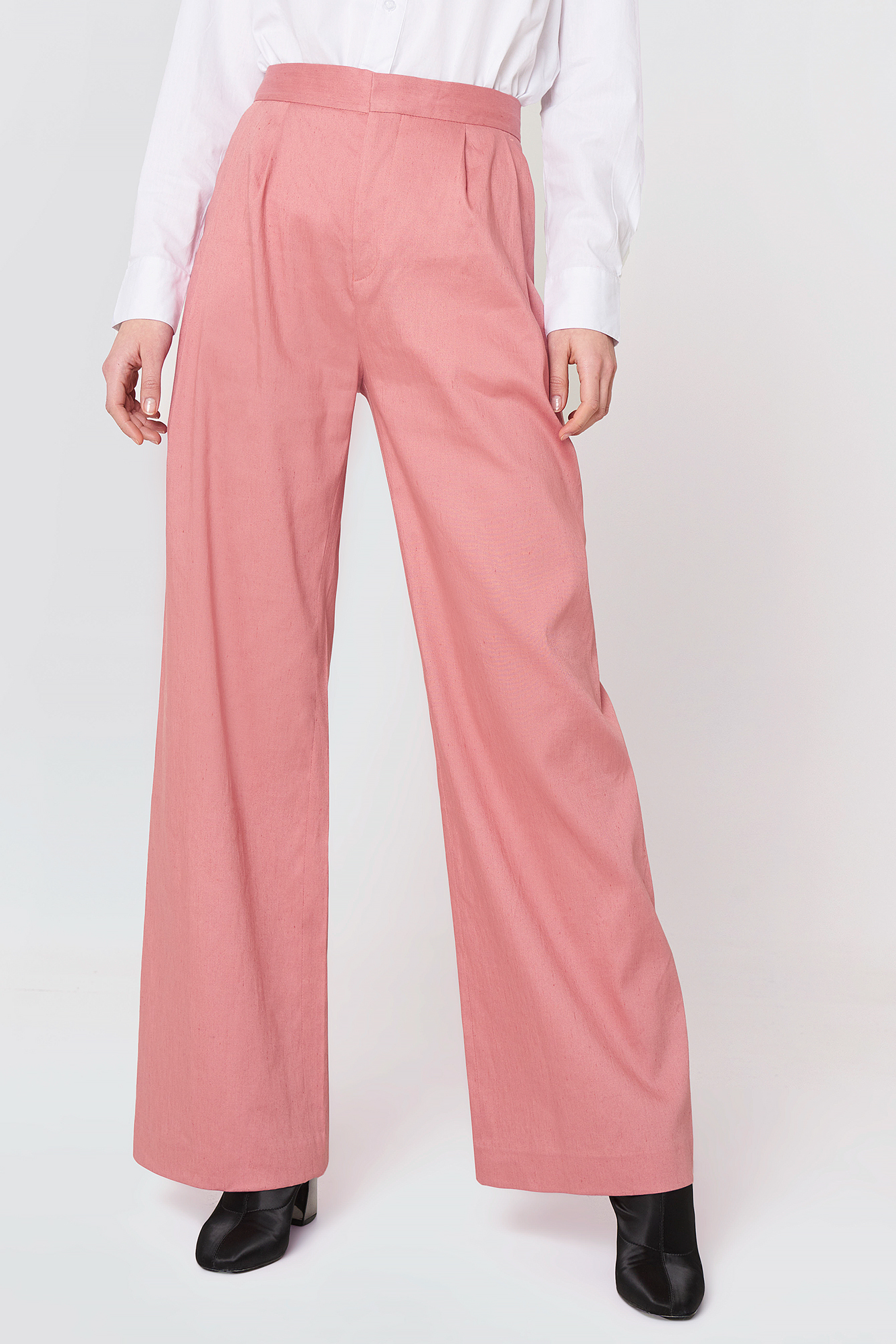 Katie Pleated Trousers NA-KD.COM