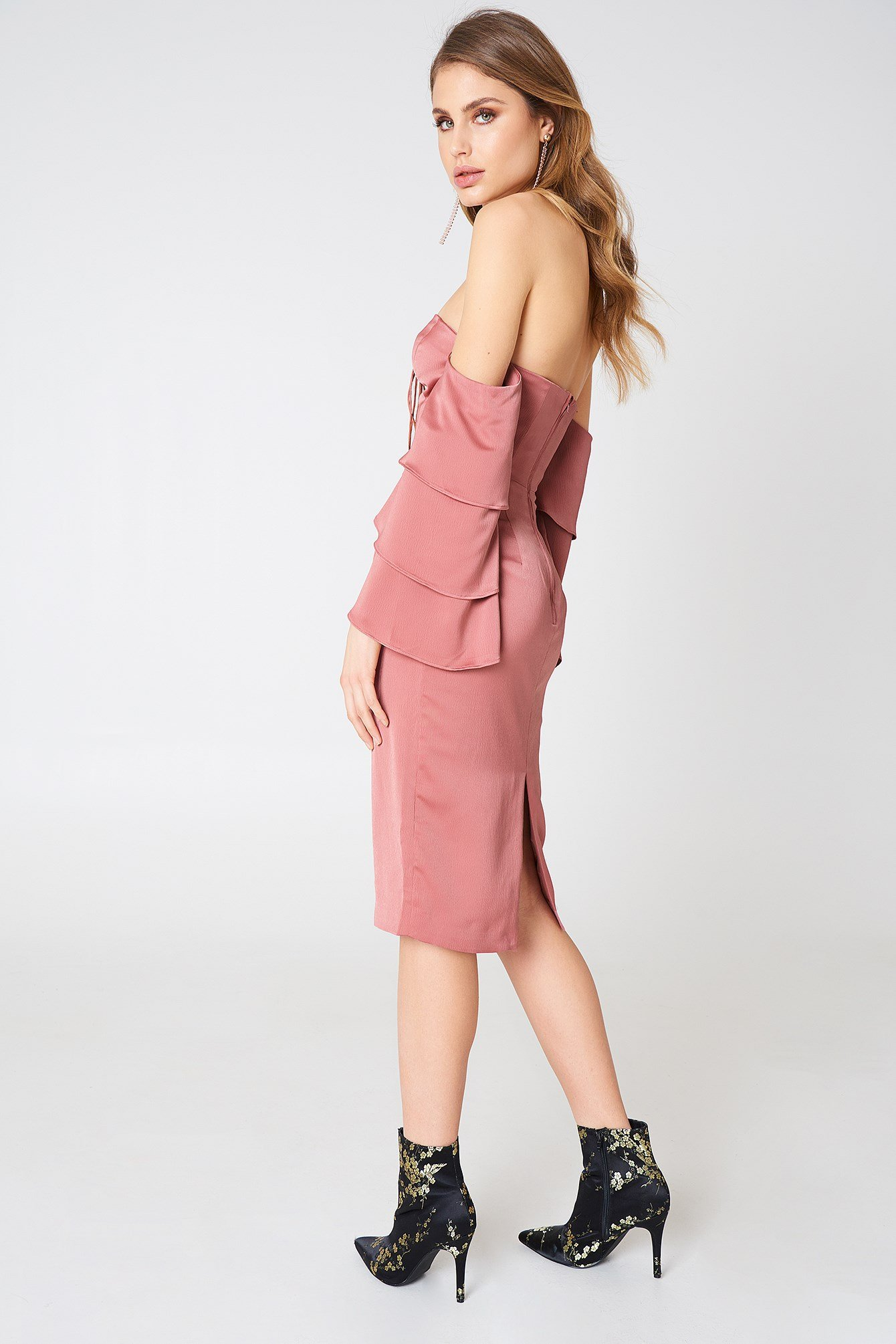 Bloom Midi Dress NA-KD.COM
