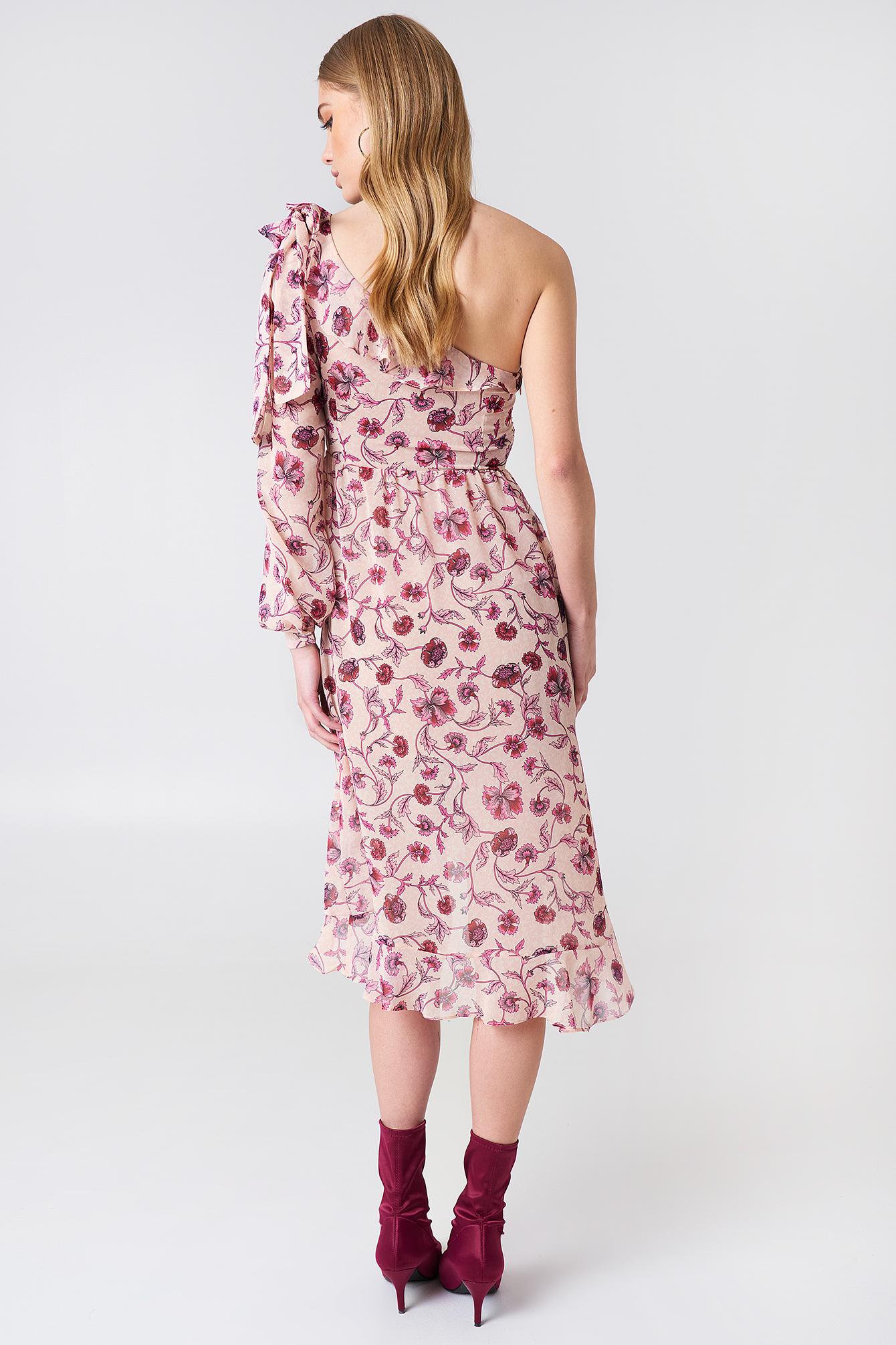 Sukienka z odkrytym ramieniem Agnes NA-KD.COM