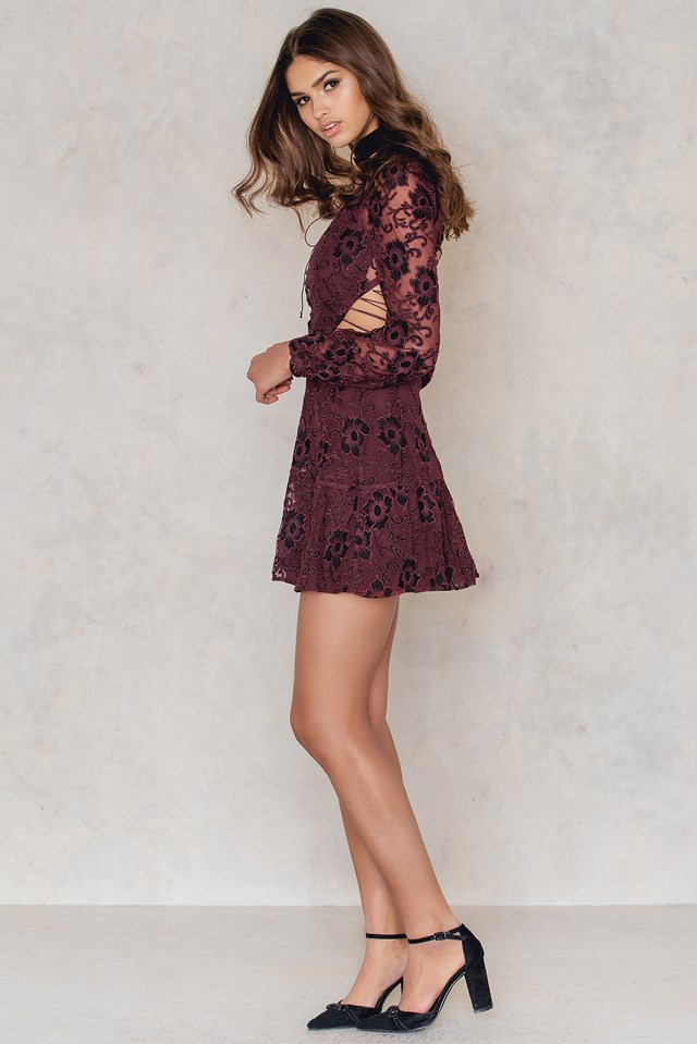 Jolene Lace-Up Dress Burgundy