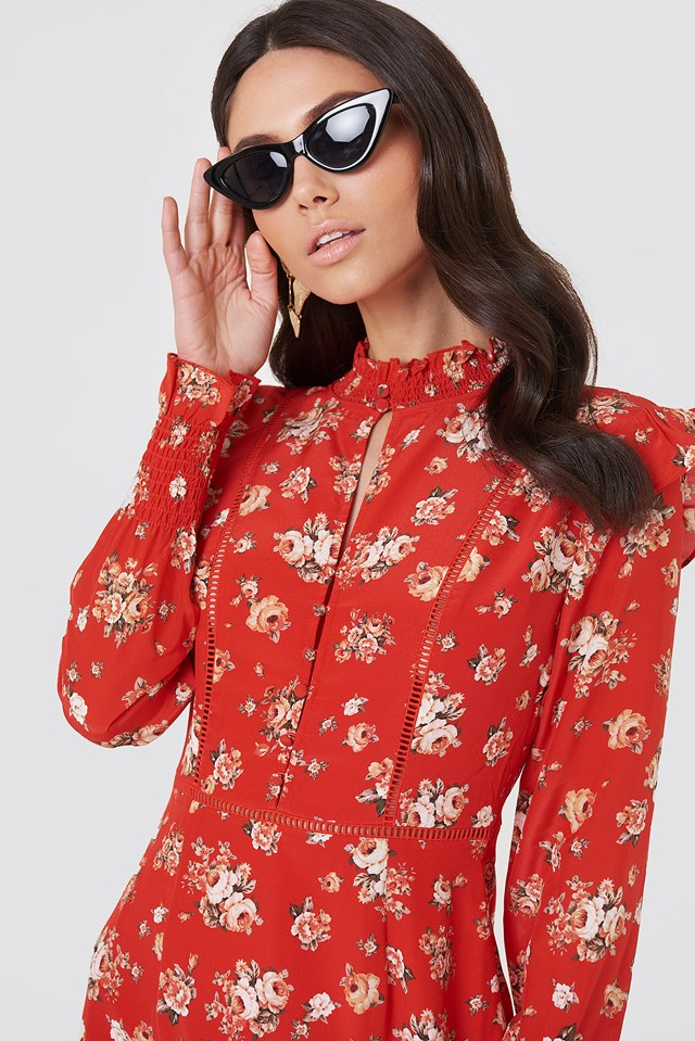 Bodil Dress Red Roses Everywhere