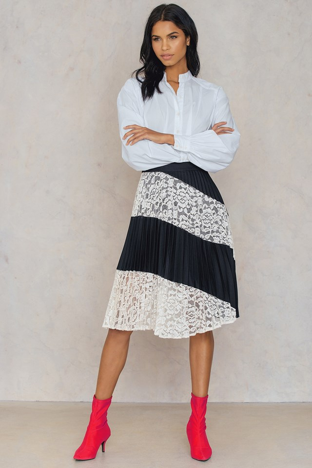 Heidi Lace Skirt Jet Black