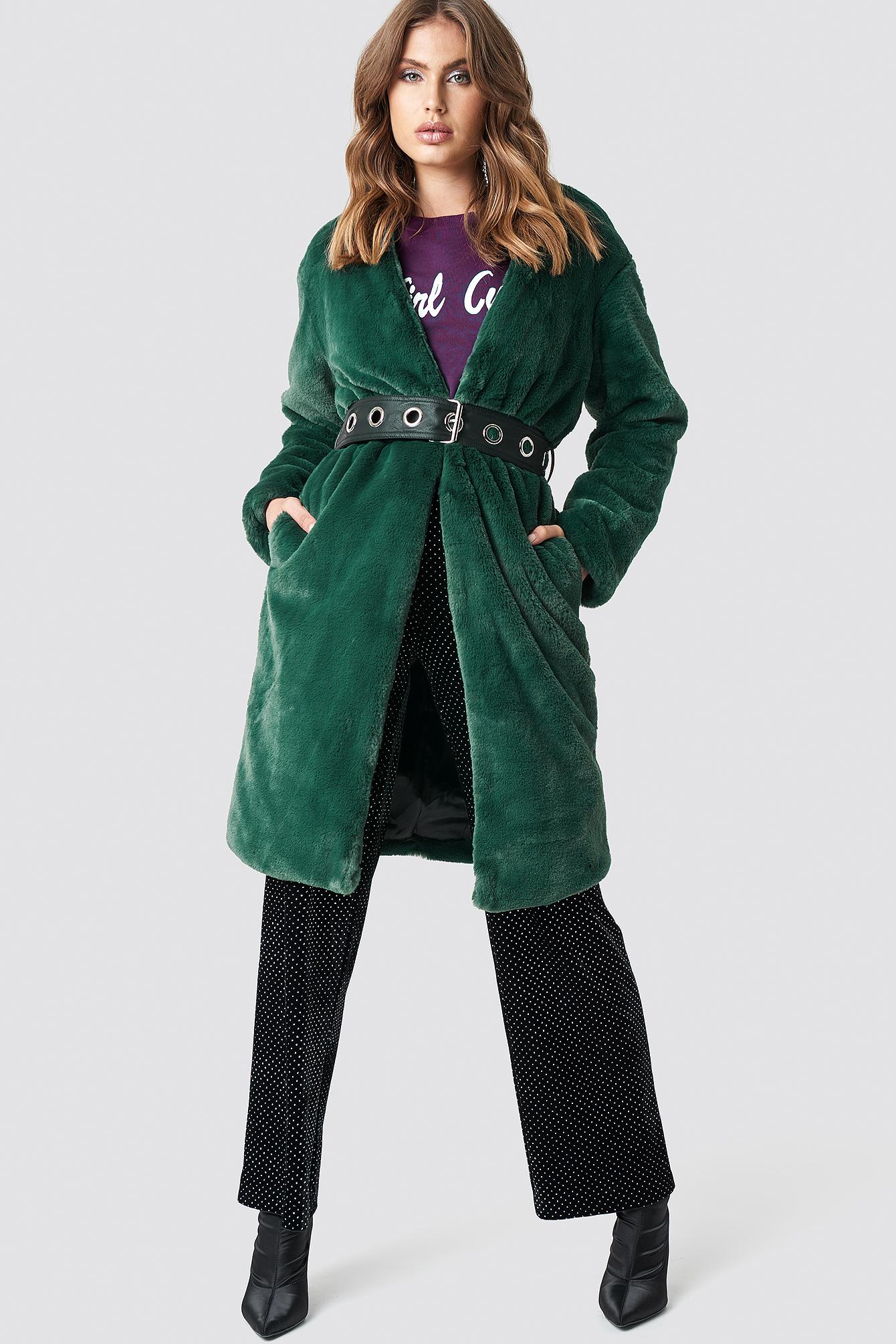 GALORE X NA-KD Big Fluffy Belted Coat - Green