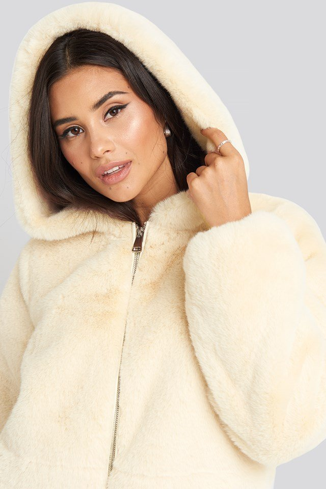 Faux Fur Hoodie Jacket Off White