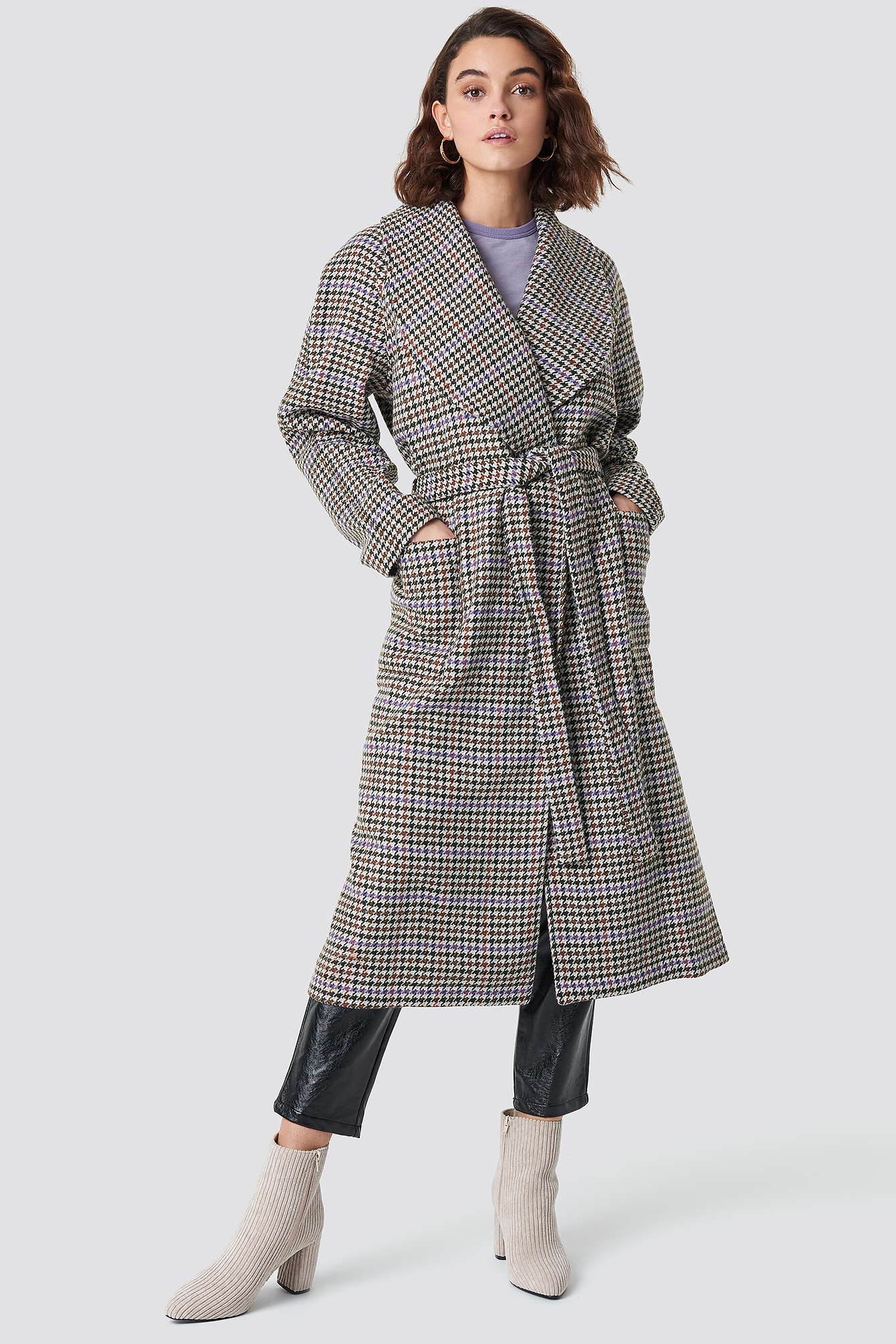Welle Check Coat - Grey, Multicolor in Gray from NA-KD