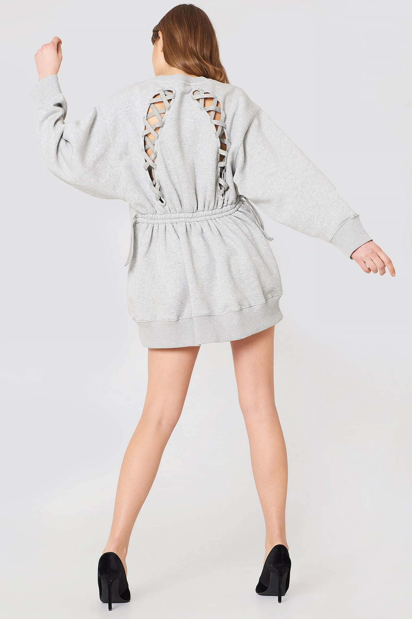 Gigi Hadid Open Back LS Sweatshirt Dress NA-KD.COM