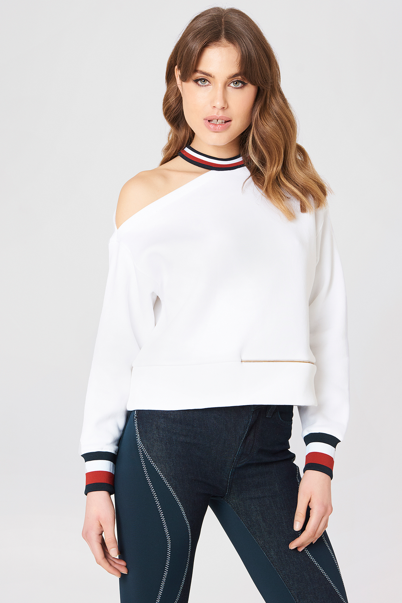 Gigi Hadid Open Shoulder LS Sweat NA-KD.COM