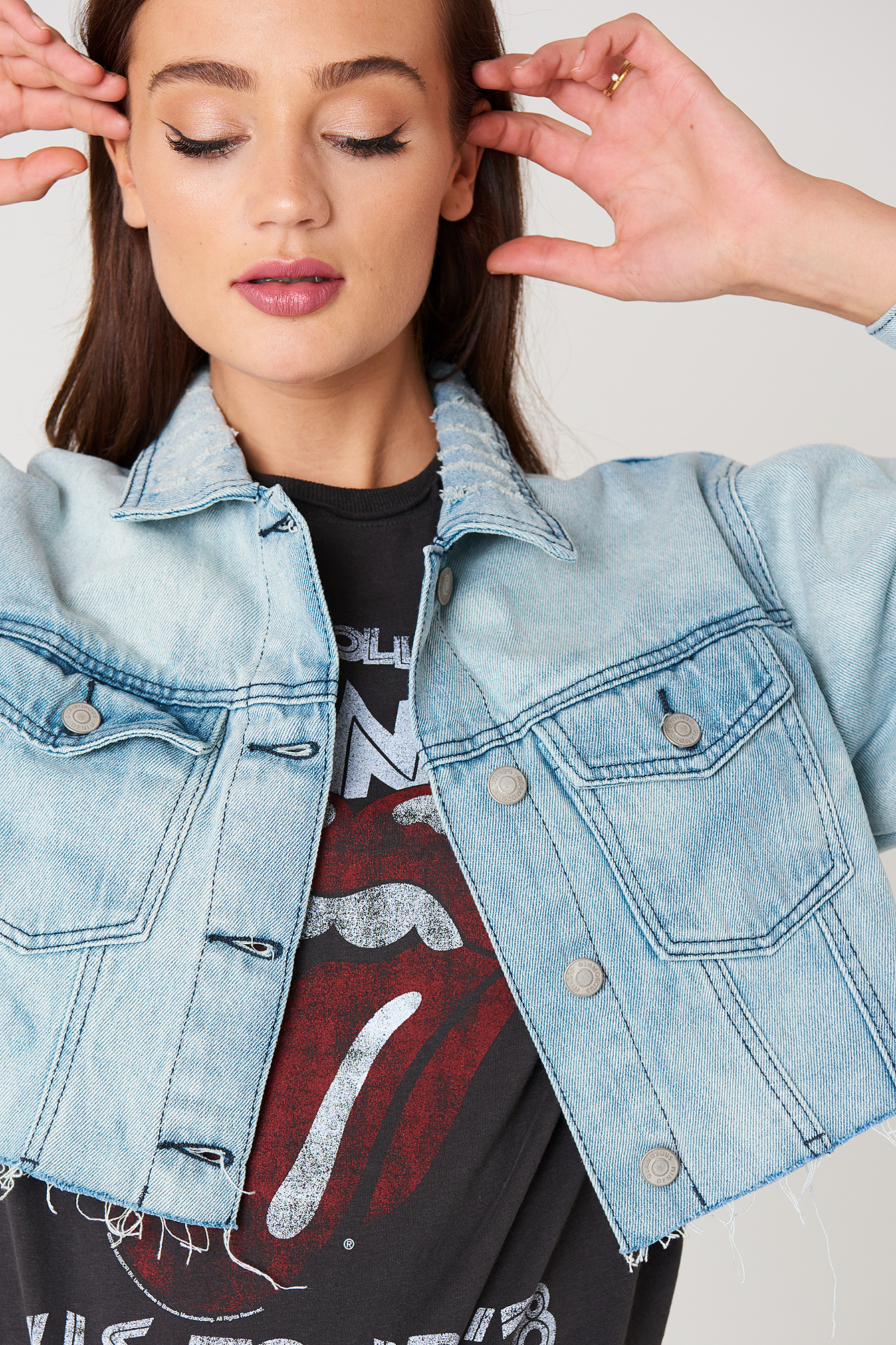 Cropped Denim Jacket NA-KD.COM