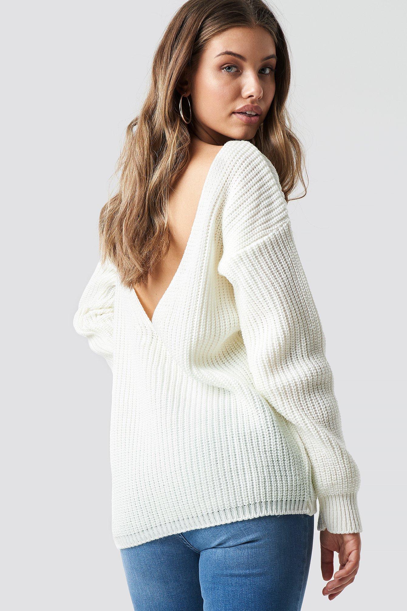 0ae1b111f24453 Sweter z odkrytymi plecami Biały | na-kd.com