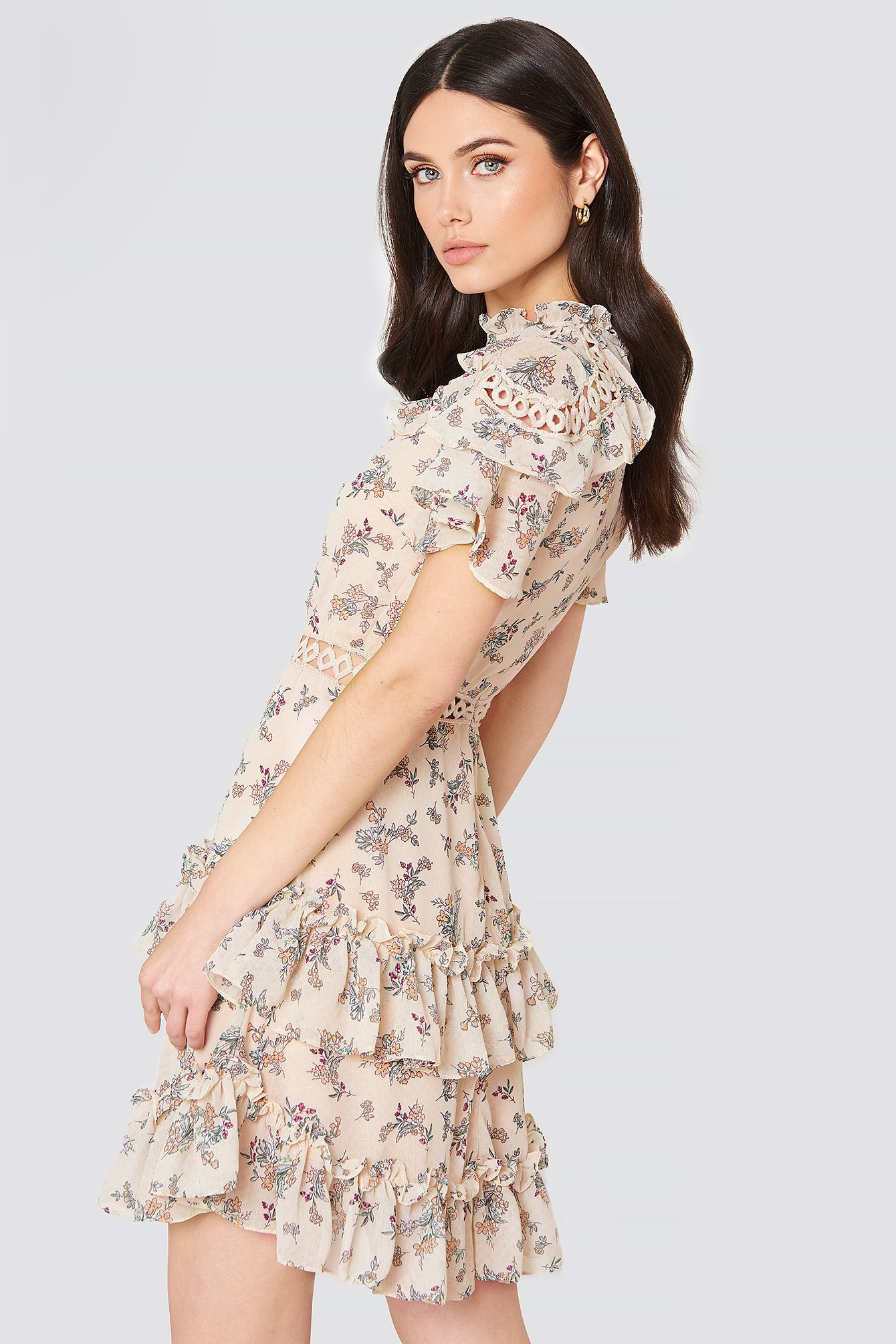 High Neck Floral Ruffle Dress NA-KD.COM