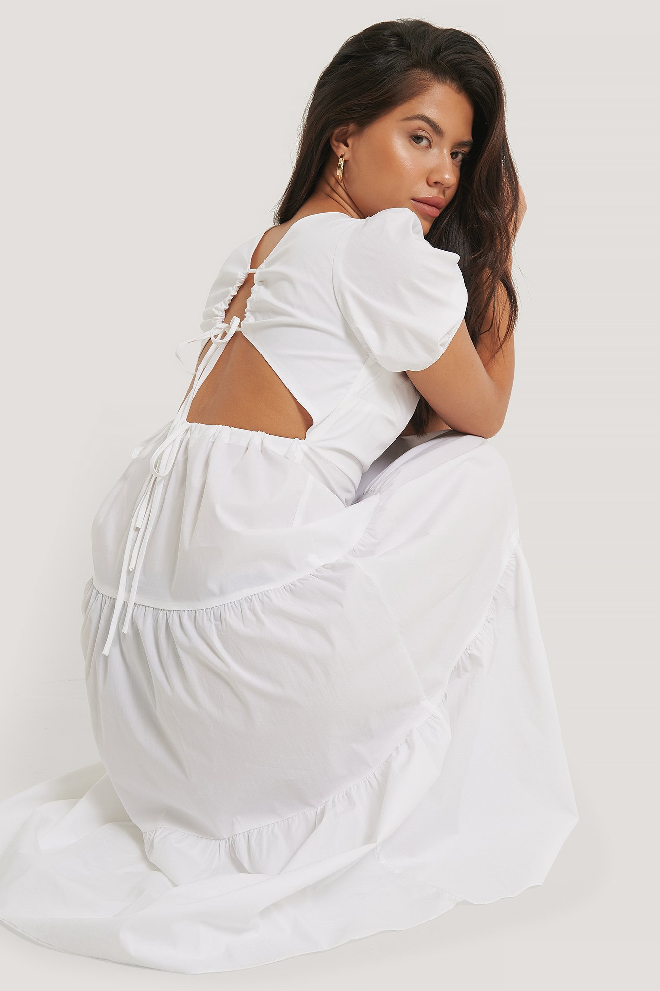glamorous -  Tiered Puff Sleeve Tie Back Dress - White