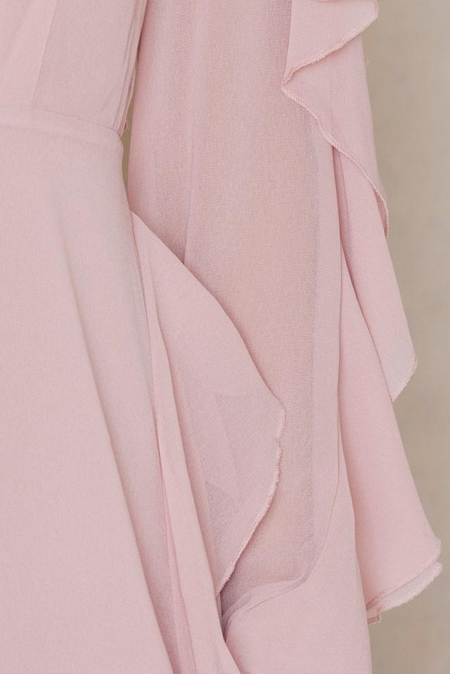 Long Sleeved Ruffle Dress Light Pink