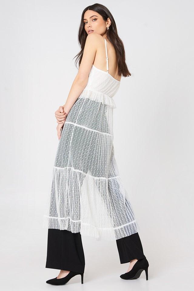 Sukienka na ramiączkach z falbanką White