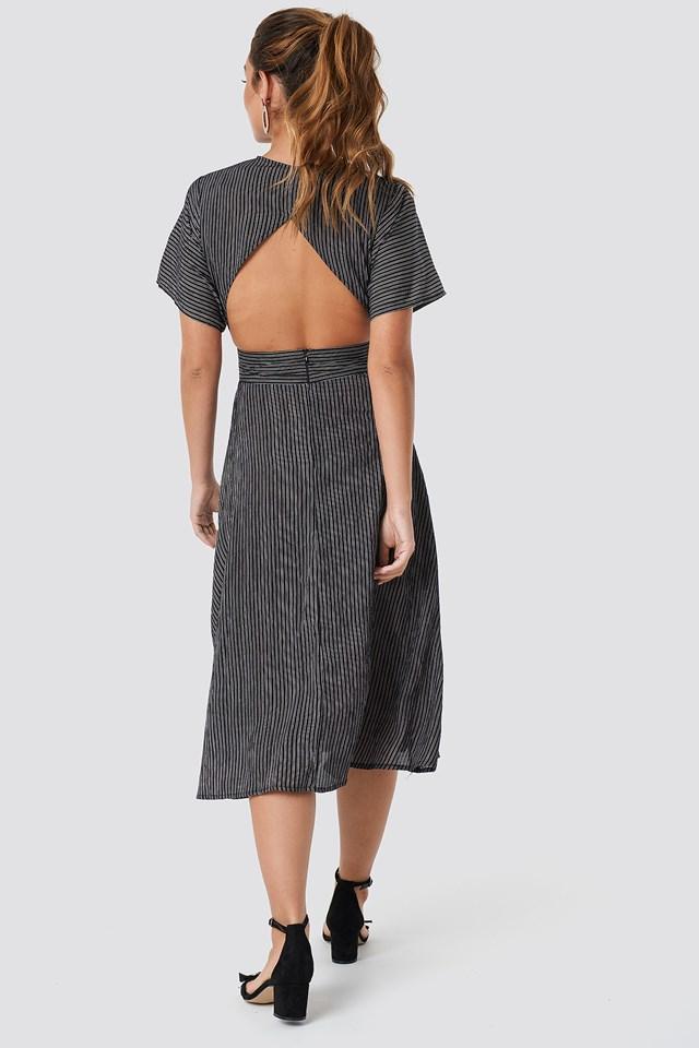 V-Neck Midi Dress Black/White Stripe