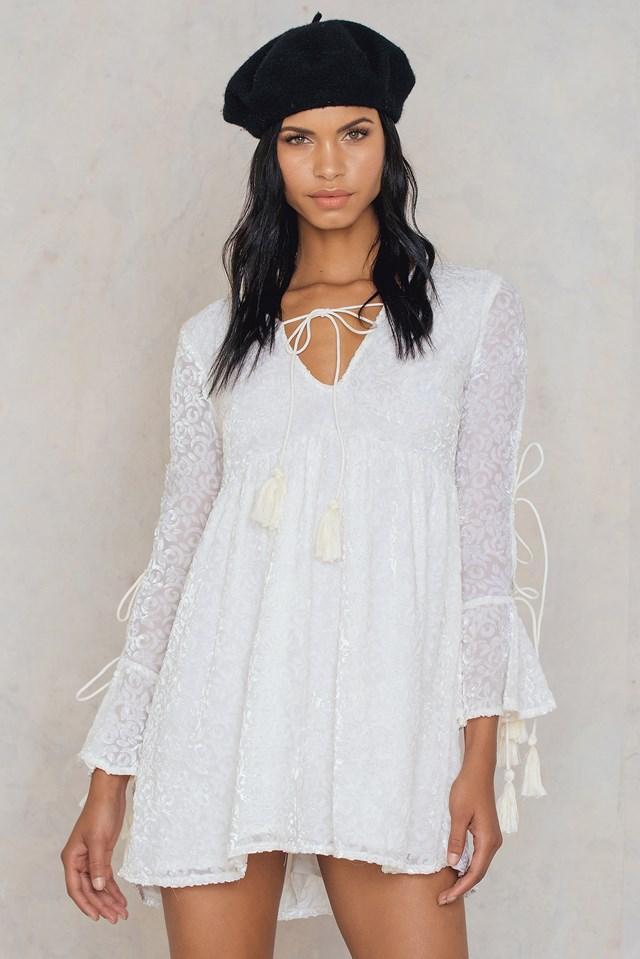 Wide Sleeve Tie Dress Cream