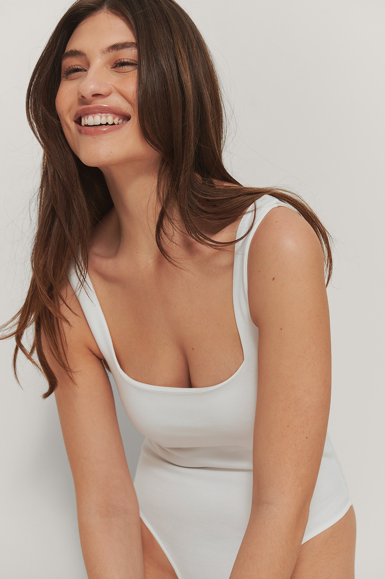 White Square Neck Straps Body