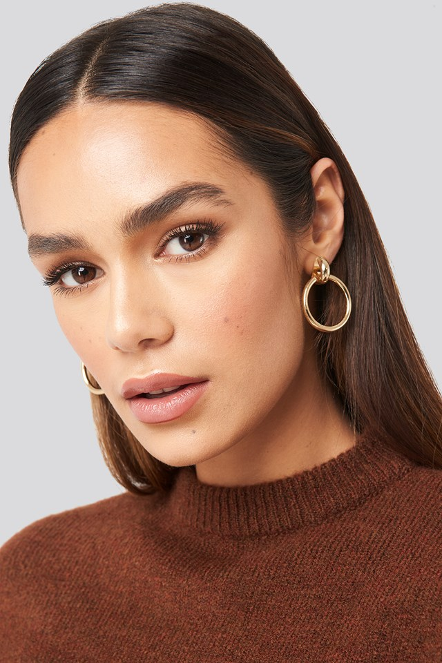 Connected Hoop Earrings Gold