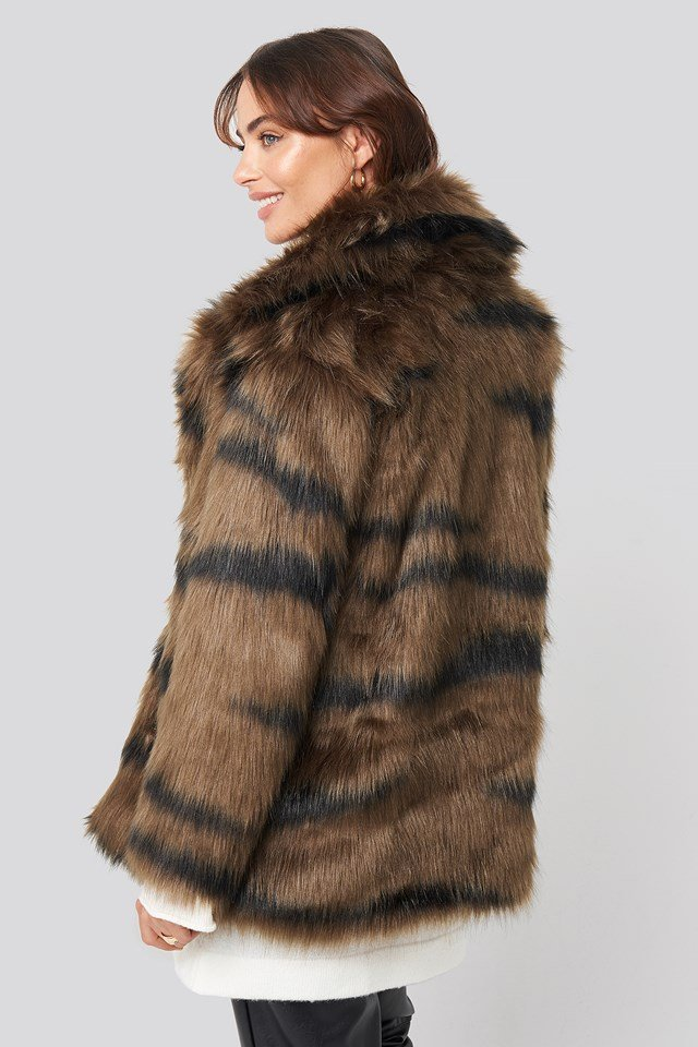 Cropped Sleeve Faux Fur Jacket Tiger