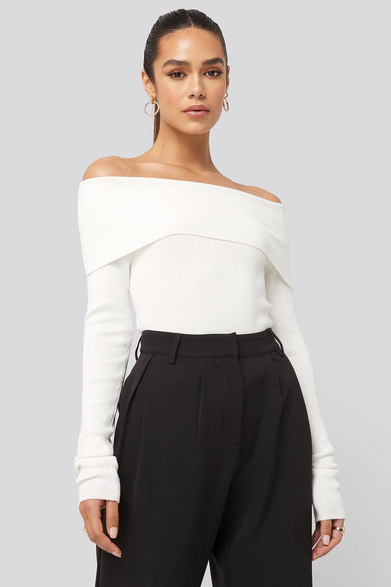 hanna weig x na-kd -  Slash Collar Pullover - White