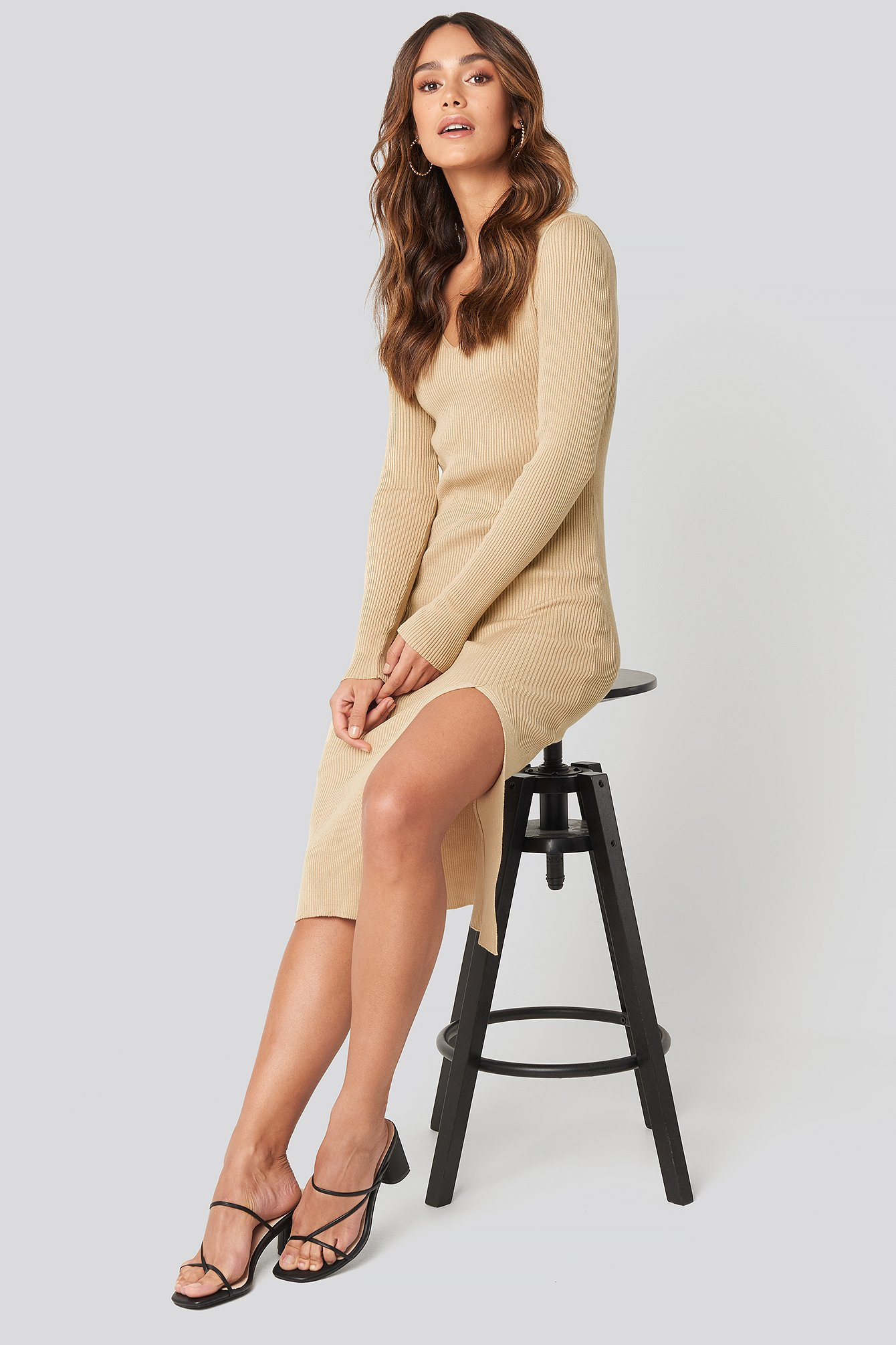 hanna weig x na-kd -  Front Slit Knit Dress - Beige