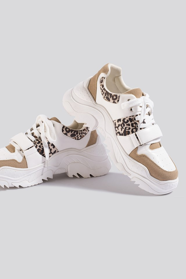 Chunky Burdock Detailed Sneakers White/Beige