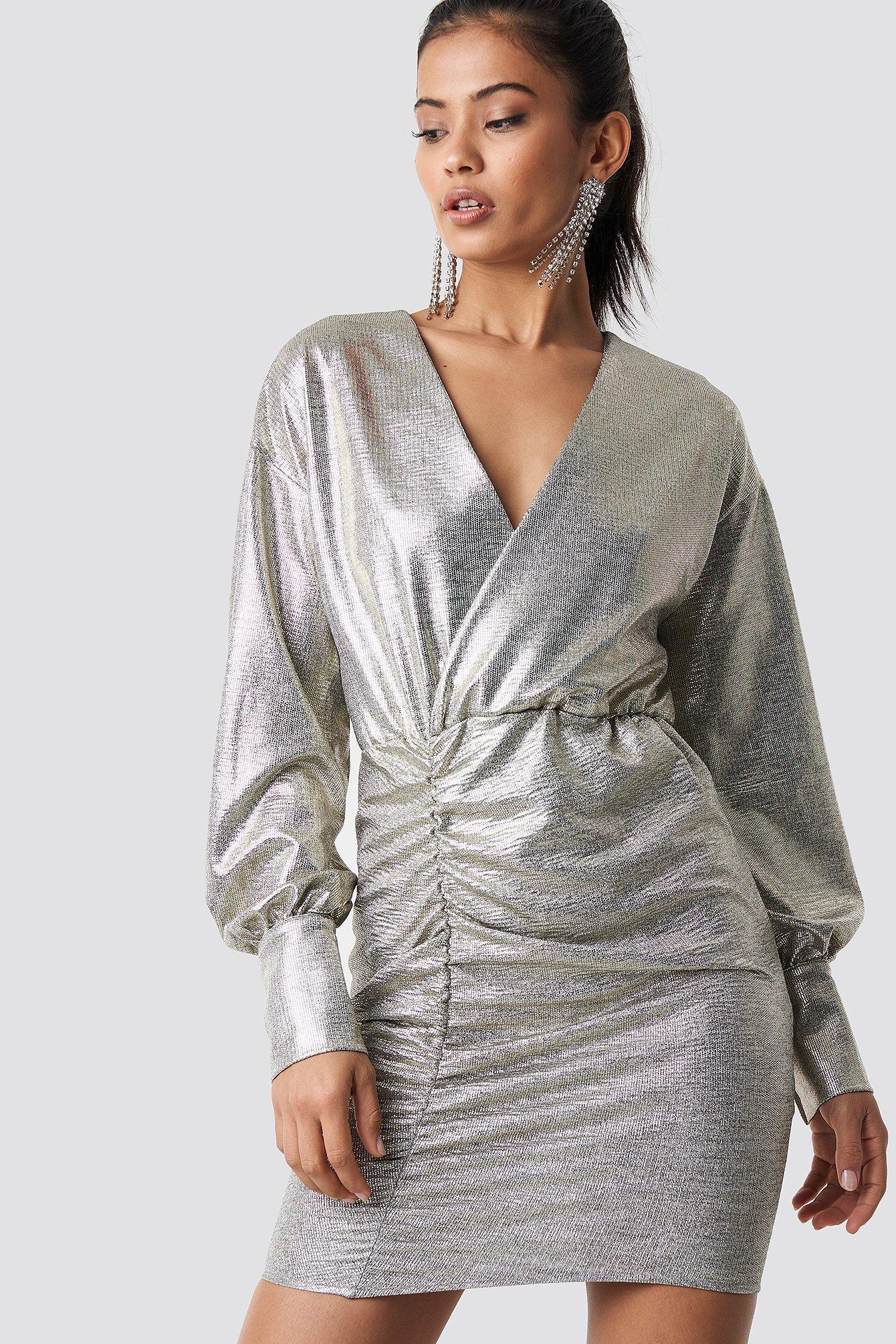 hannalicious x na-kd -  Draped Short Metallic Dress - Silver