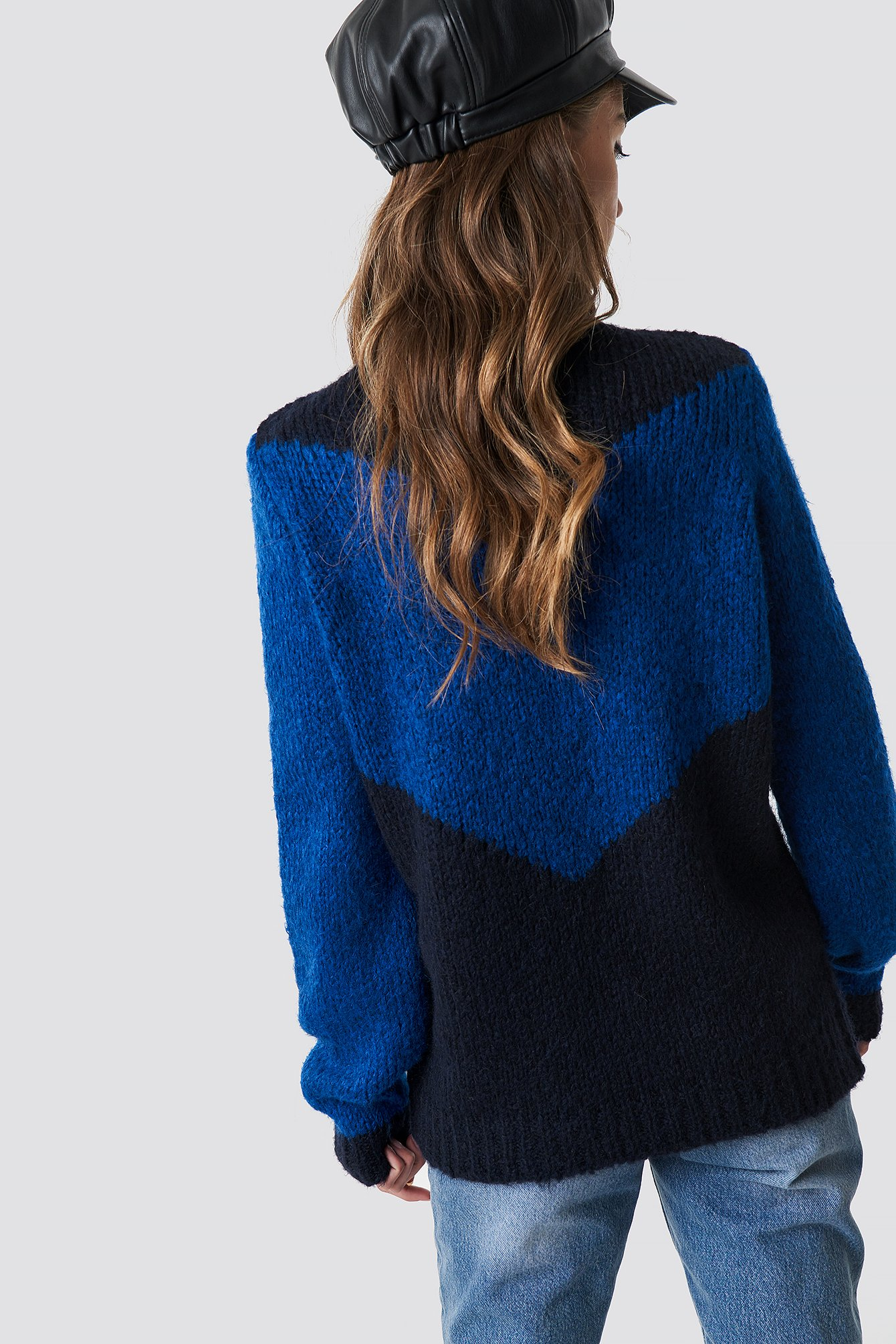 High Neck V-blocked Knitted Sweater NA-KD.COM