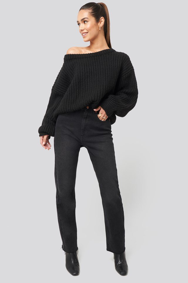 Chunky Knitted Off Shoulder Sweater Black