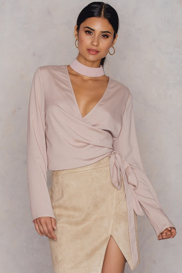 Overlapped Choker Blouse Nude Pink