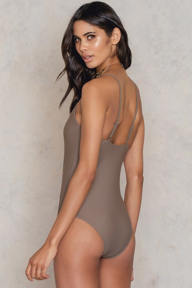 Perfect Swimsuit Nude