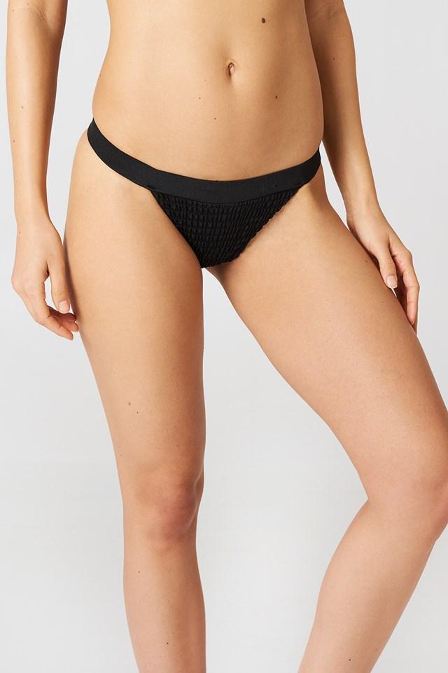 Sporty Wrinkled Bikini Panty Black