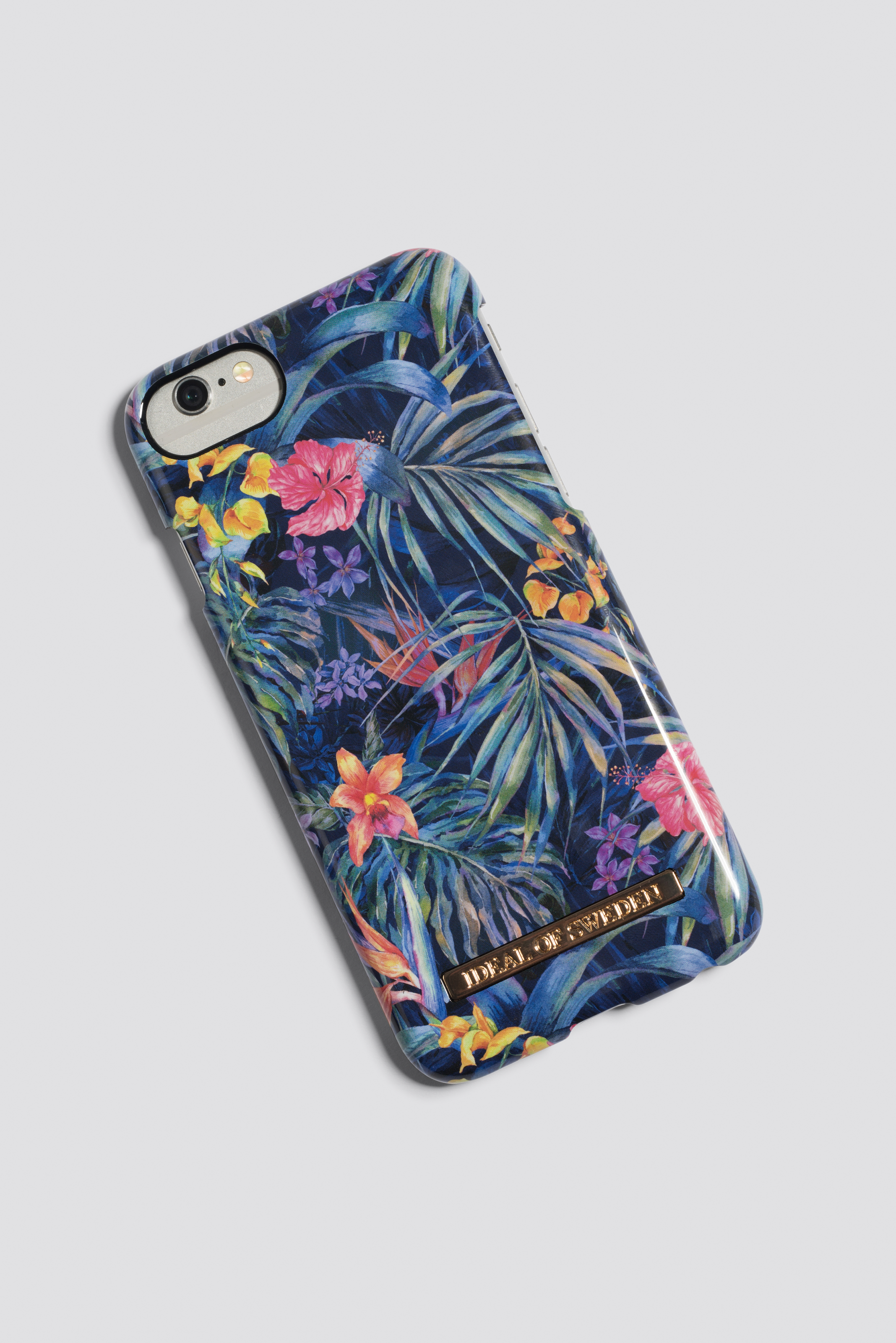 Etui iPhone 6/7/8 Mysterious Jungle NA-KD.COM