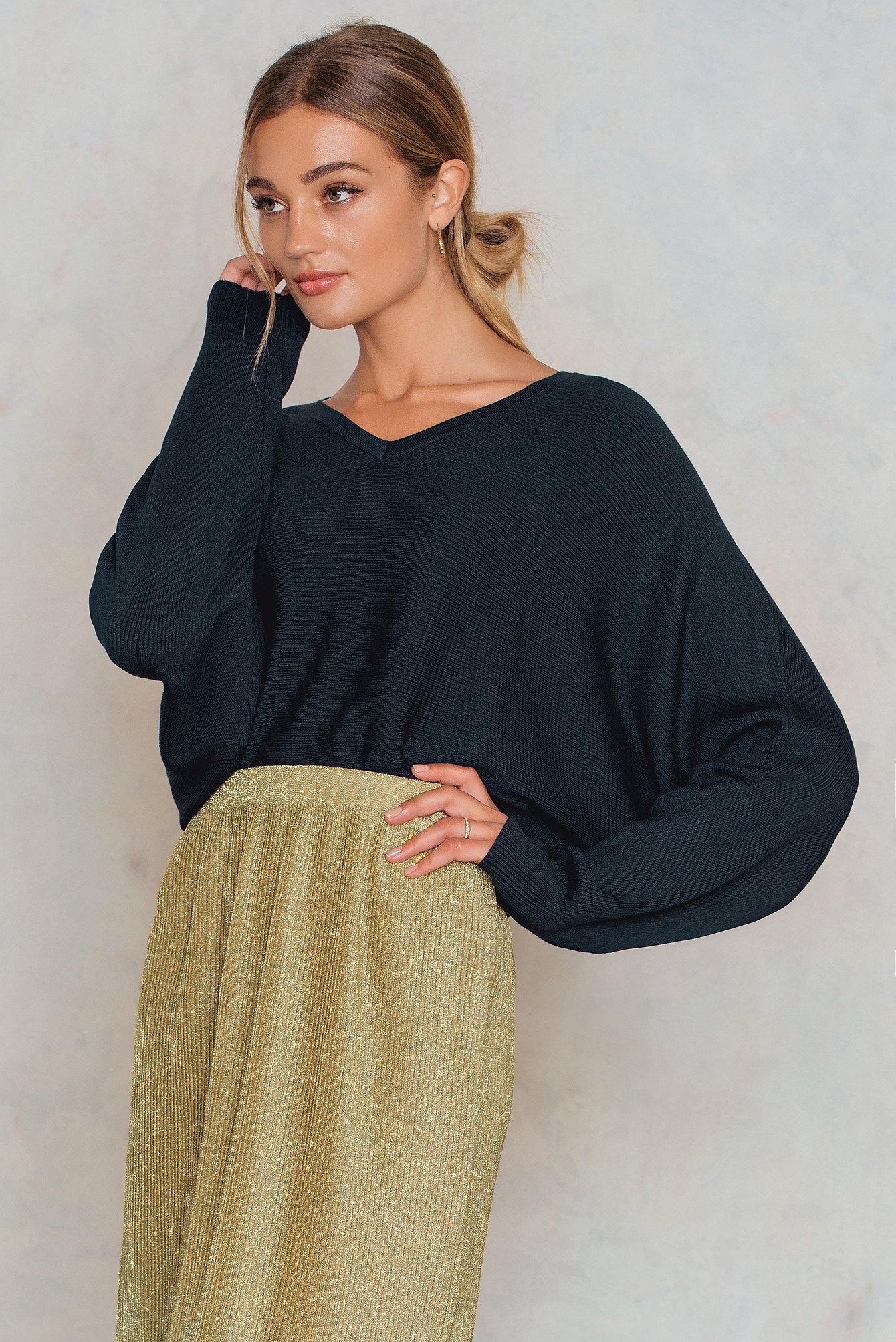 NA-KD Trend Short Batwing Sweater Navy