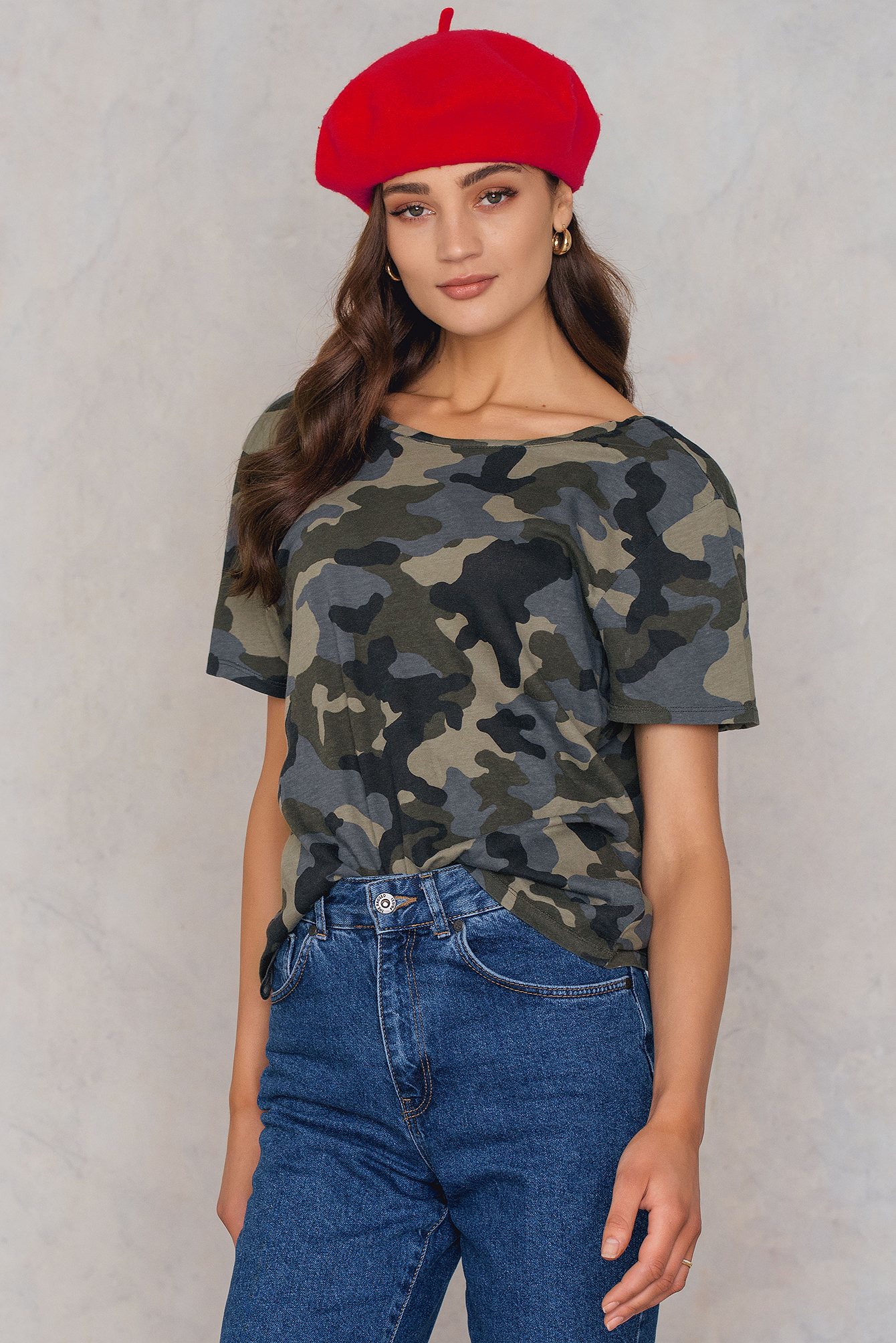 NA-KD Trend Army Low Back Tee Green, Multicolor