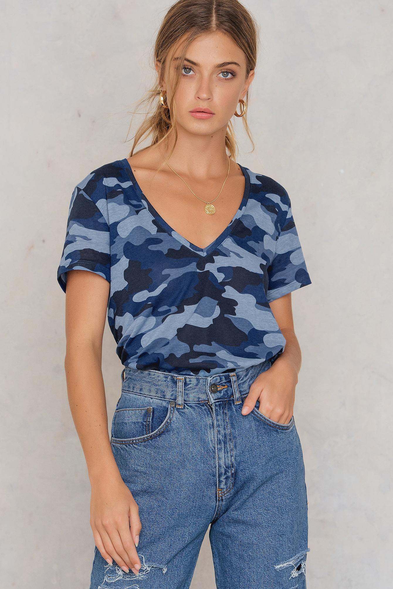 NA-KD Trend Army V-neck Tee Blue