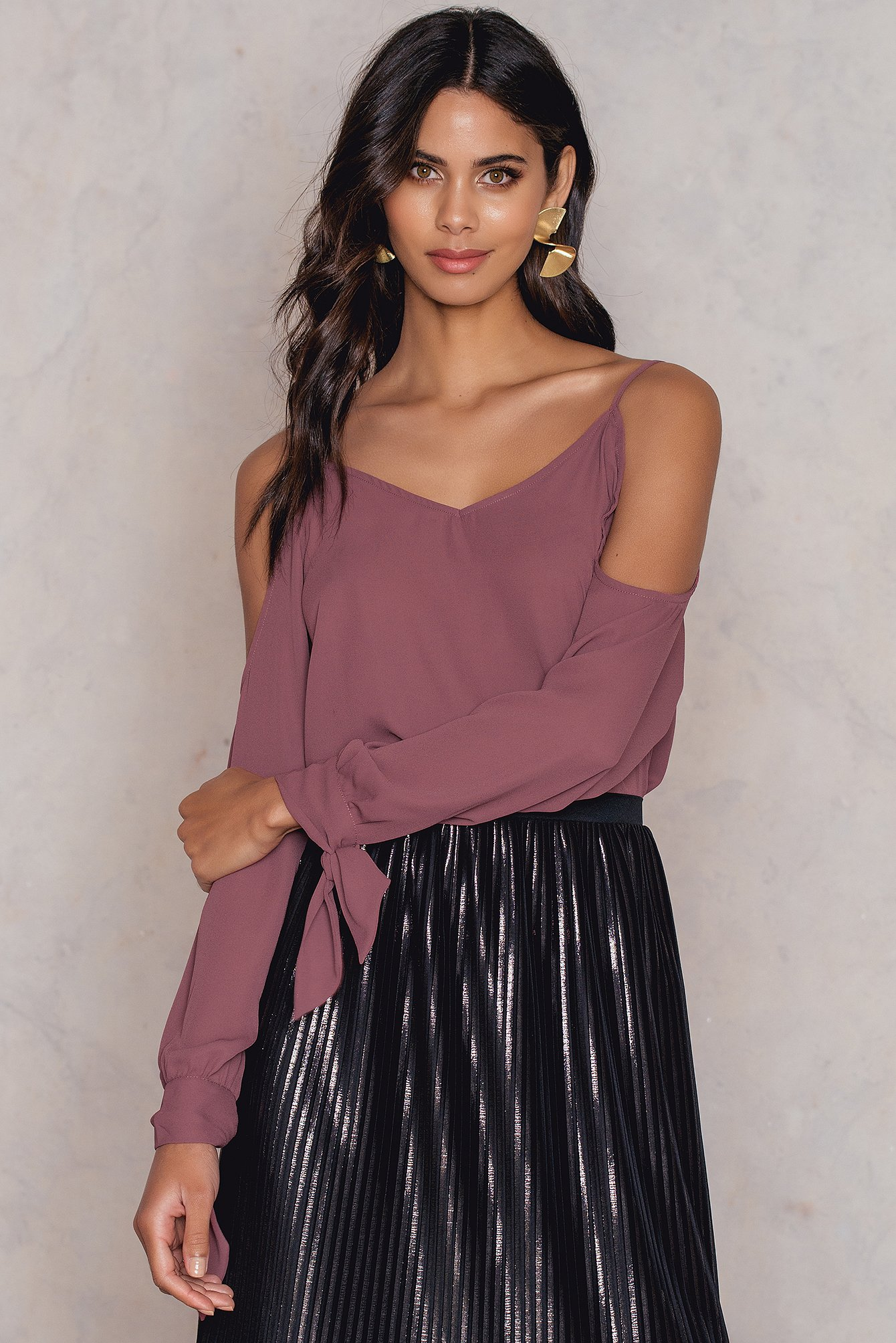 NA-KD Trend Cold Shoulder Knot Sleeve Top Purple