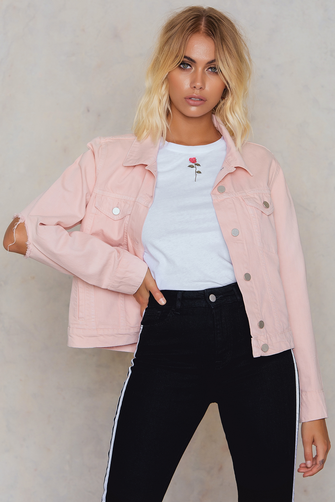 NA-KD Trend Cut Out Sleeve Denim Jacket Pink
